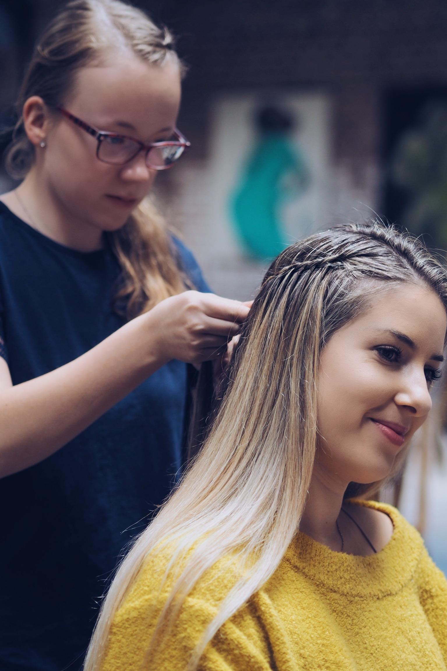 Vlasy 6